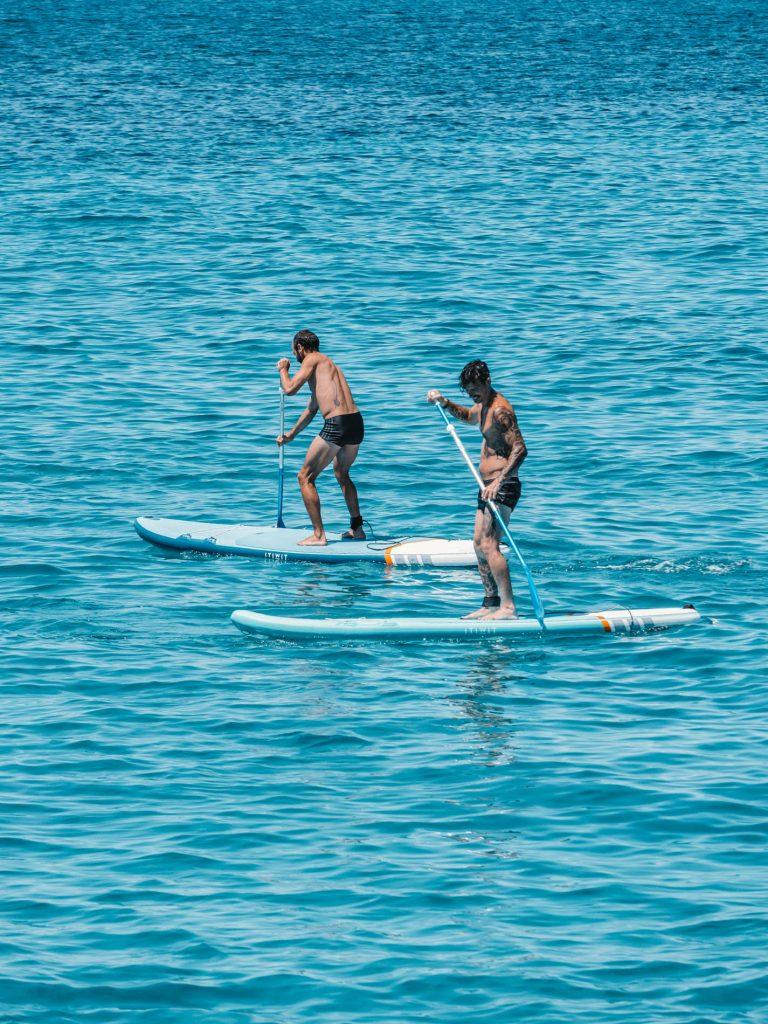 Excursion en barco con deportes acuaticos en Formentera